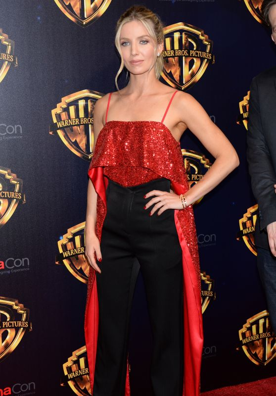 """Annabelle Wallis – """"The Big Picture"""" at CinemaCon 2018 in Las Vegas"""