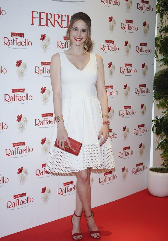 Astrid Klisans - Rafaello by Ferrero Photocall in Madrid 04/25/2018