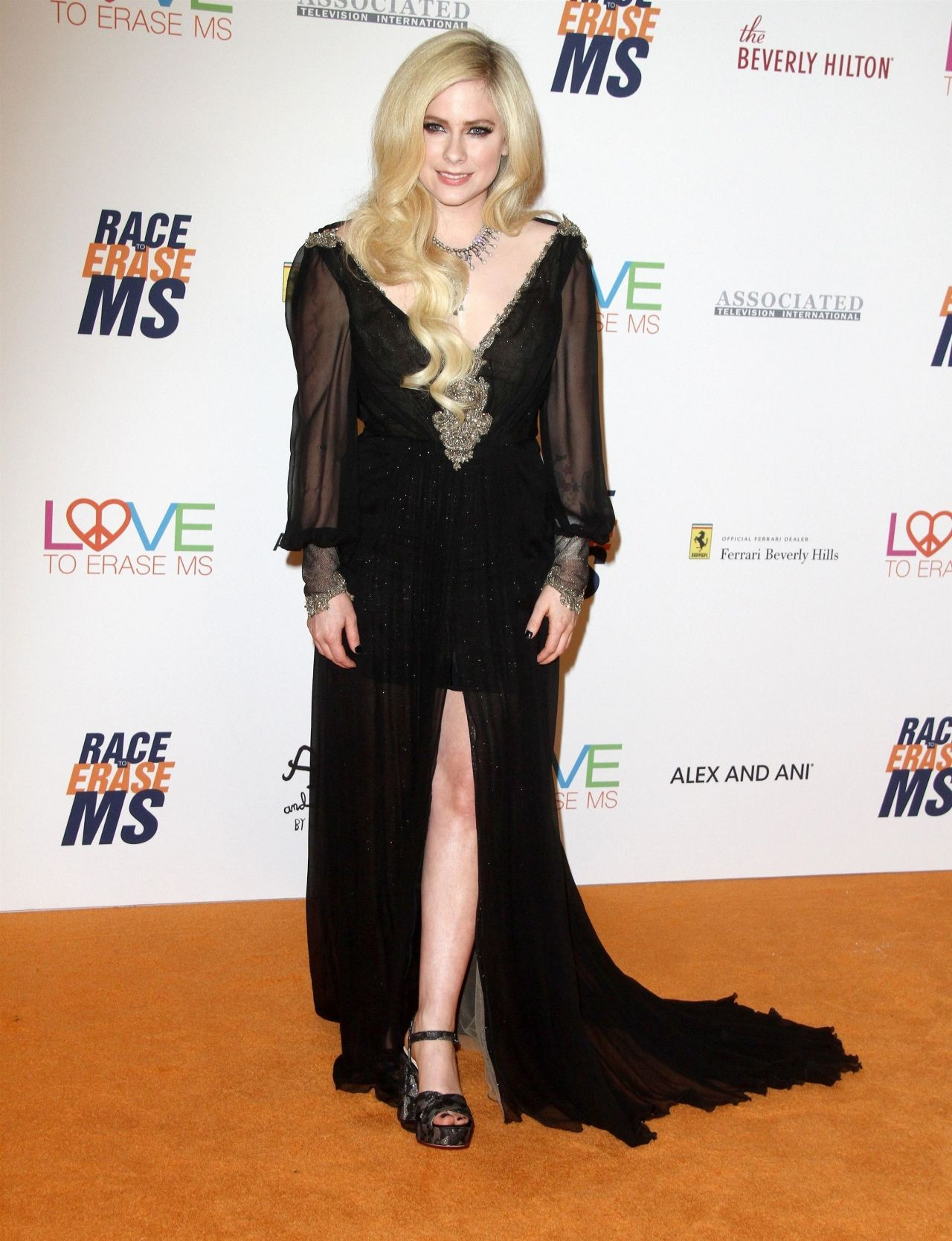 http://celebmafia.com/wp-content/uploads/2018/04/avril-lavigne-2018-race-to-erase-ms-gala-in-beverly-hills-4.jpg