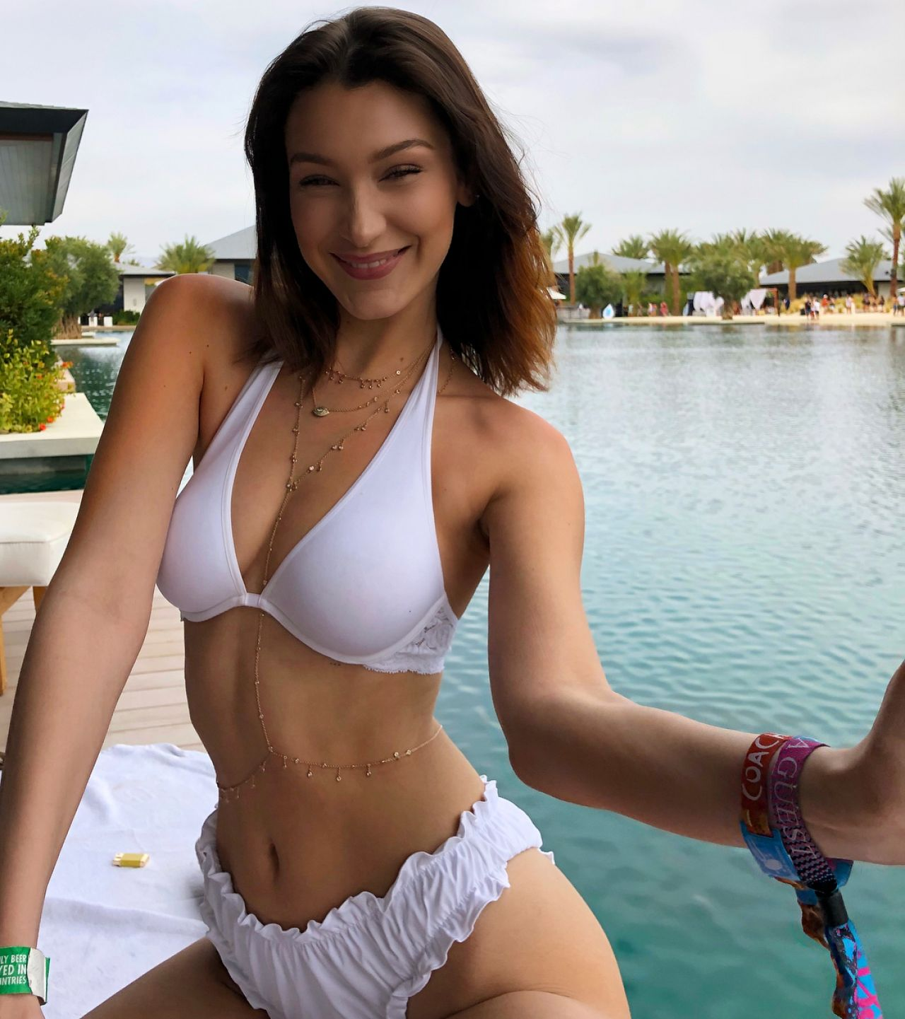 Bikini Bella Hadid naked (43 photo), Sexy, Hot, Boobs, panties 2015