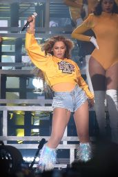 Beyonce - Performs at the 2018 Coachella Valley Music And Arts Festival