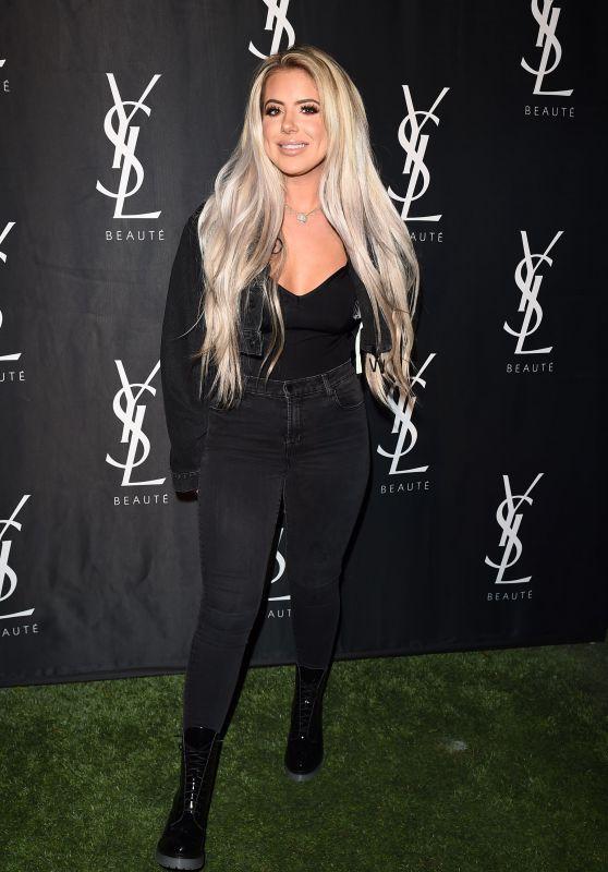 Brielle Biermann – YSL Beauty Festival in Palm Springs