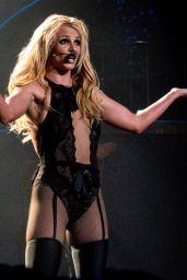 Britney Spears Wallpapers (+5)