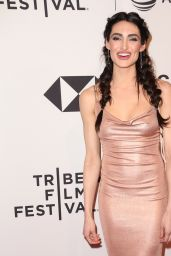 "Chloe Catherine Kim – ""Untogether"" World Premiere at Tribeca Film Festival 2018"
