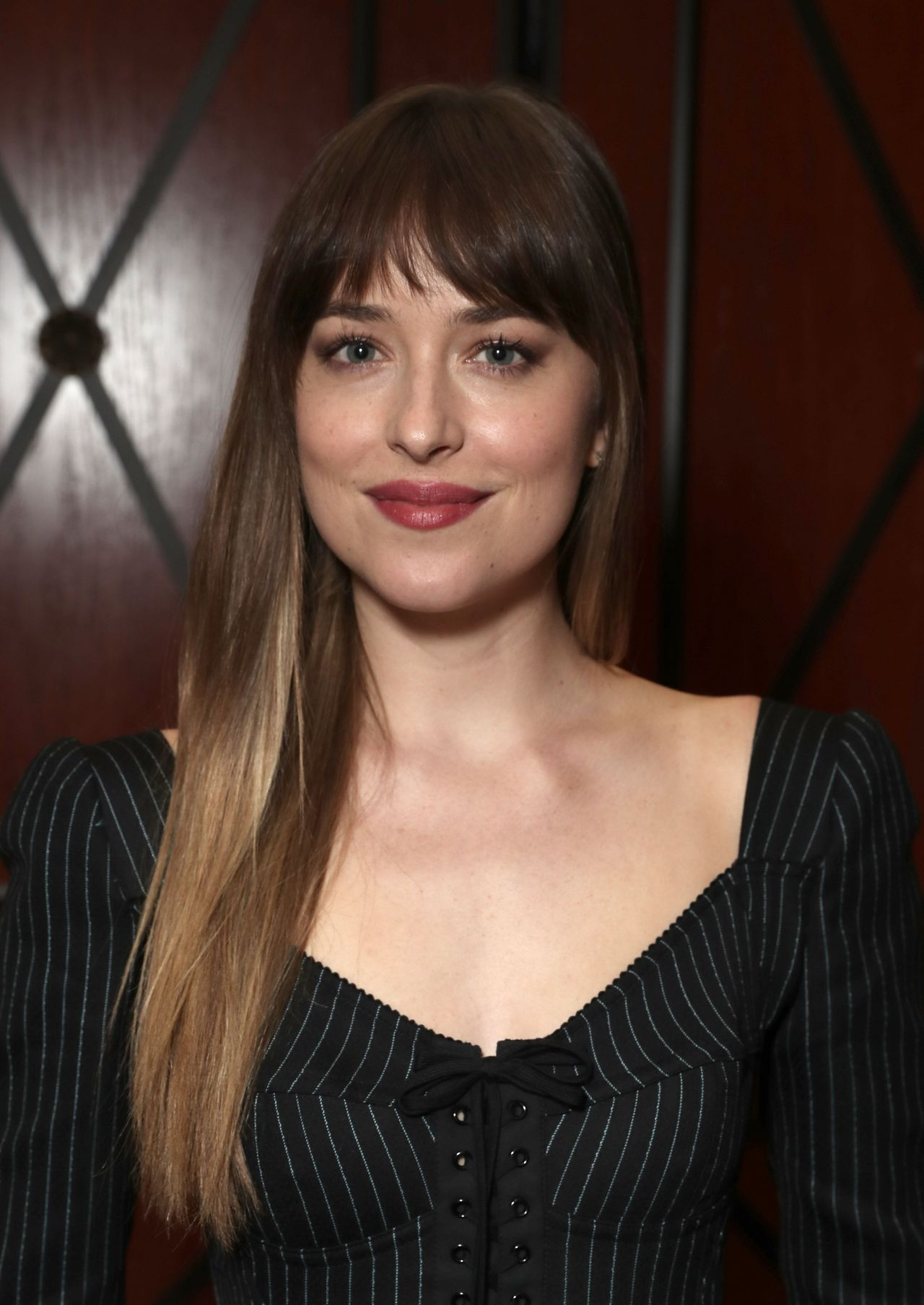 Dakota Johnson Latest ...