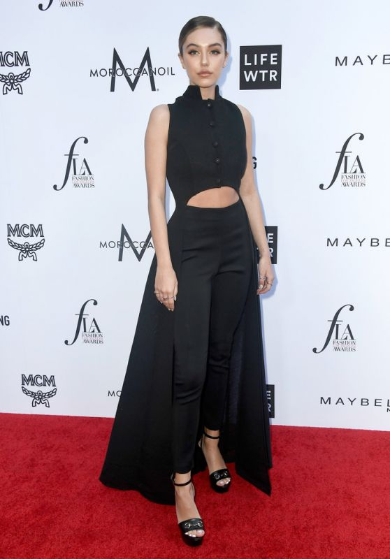 Delilah Belle Hamlin – The Daily Front Row Fashion Awards in LA