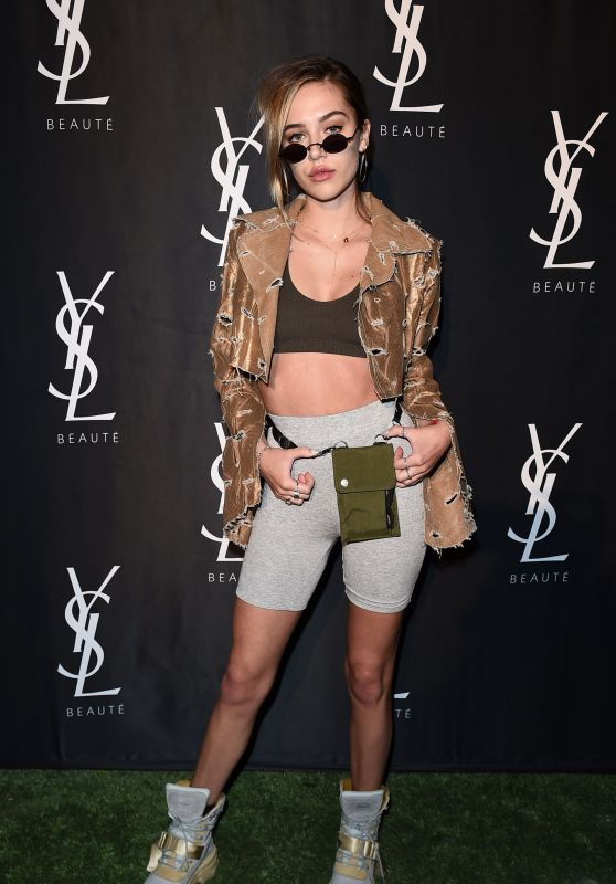 Delilah Hamlin – YSL Beauty Festival in Palm Springs