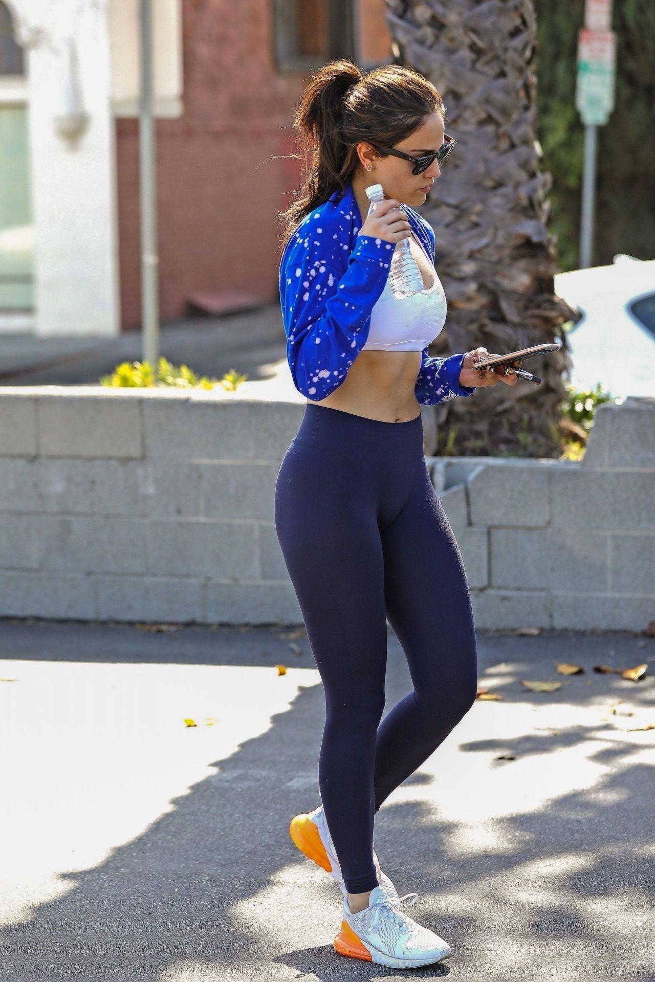 eiza gonzalez in workout gear  28  2018