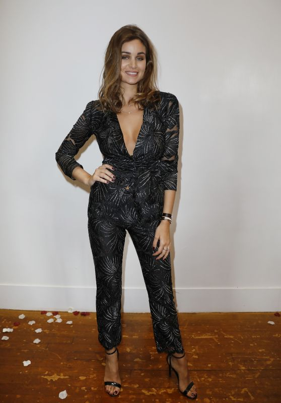 Elisa bachir bey 2018 fashion night couturein paris for Le salon des miroirs paris