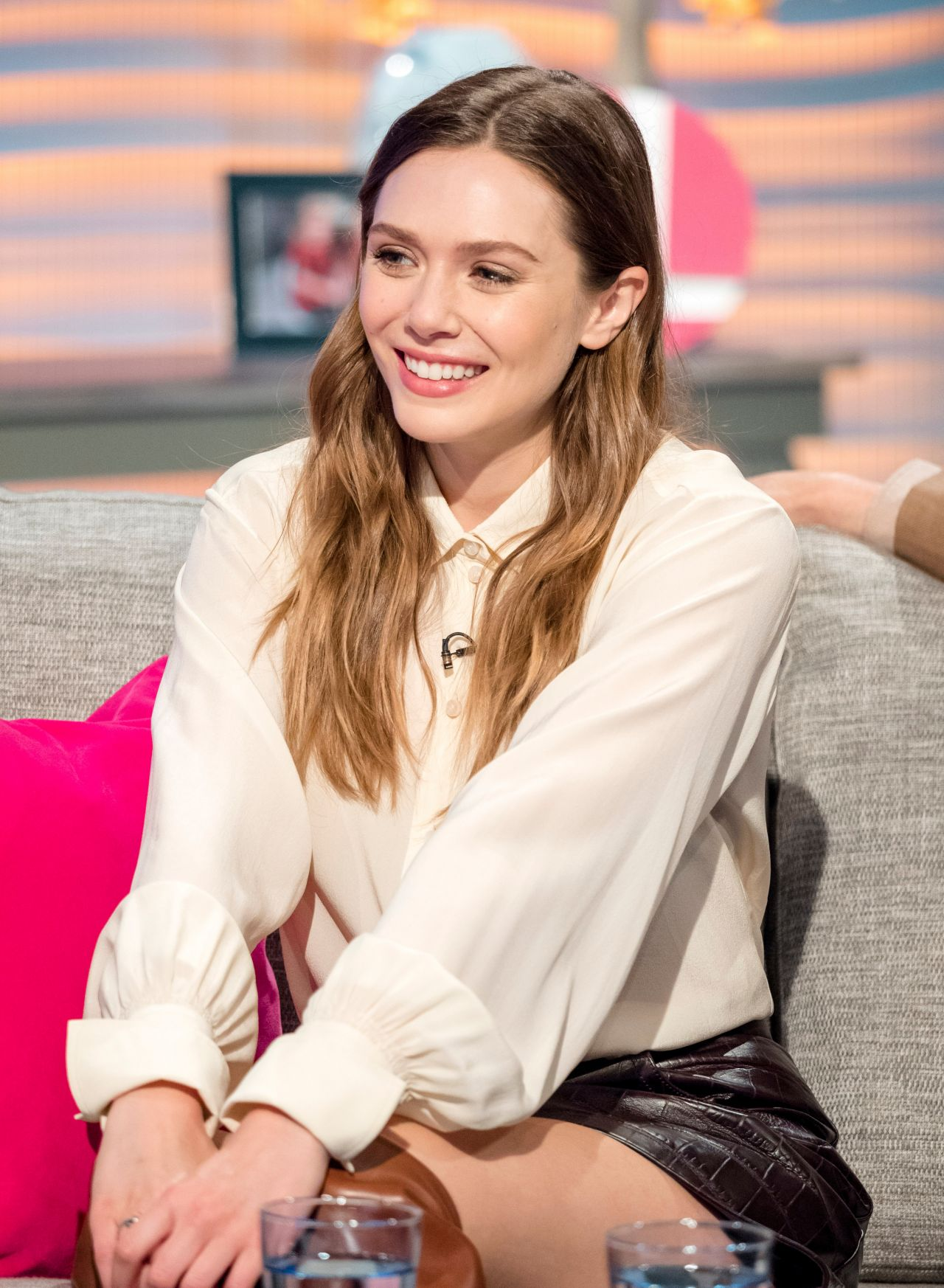 Elizabeth Olsen Visits The Quot Lorraine Quot Tv Show In London
