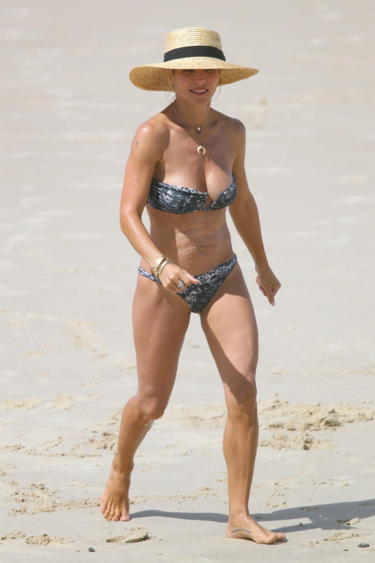 Beach bay bikini