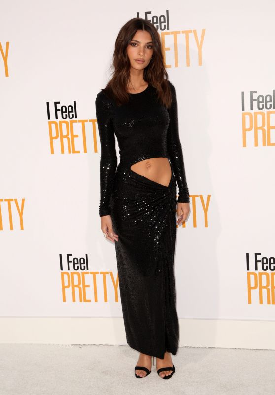 "Emily Ratajkowski – ""Feel Pretty"" World Premiere in Westwood"