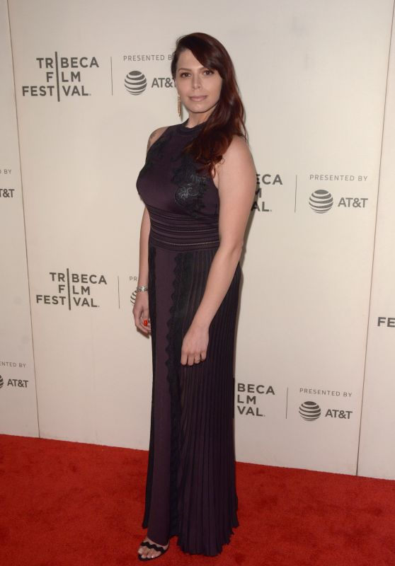 Erika Olde – Woman Walks Ahead Premiere at 2018 Tribeca Film Festival