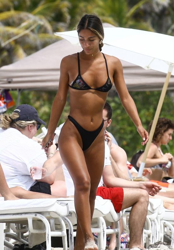 Erika Wheaton in a Black Bikini on the Beach in Miami 03/31/2018