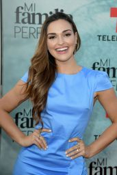 """Estefany Oliveira – """"My Perfect Family"""" TV Show Screening in Miami"""