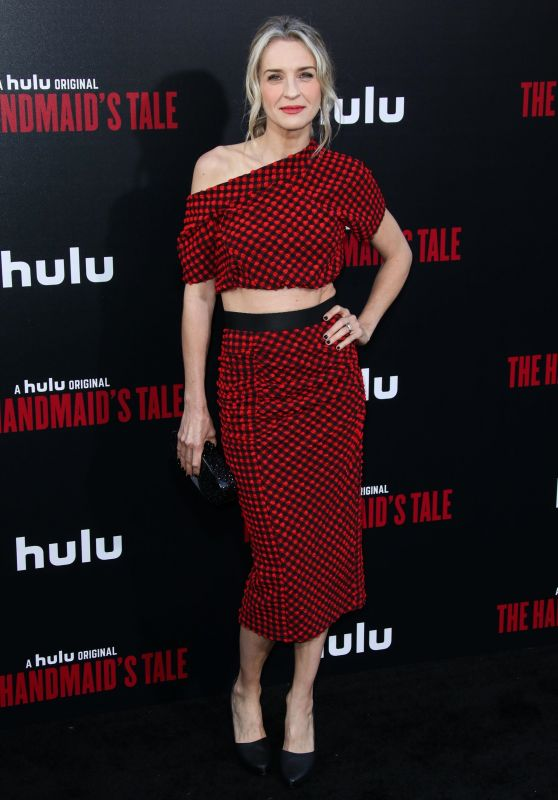 "Ever Carradine – ""The Handmaid's Tale"" TV Show Premiere in LA"