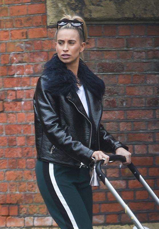 Ferne McCann - Out in Essex 04/02/2018