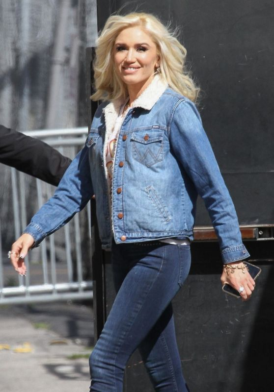Gwen Stefani - Arrive to Appear on Jimmy Kimmel Live in Hollywood 04/18/2018
