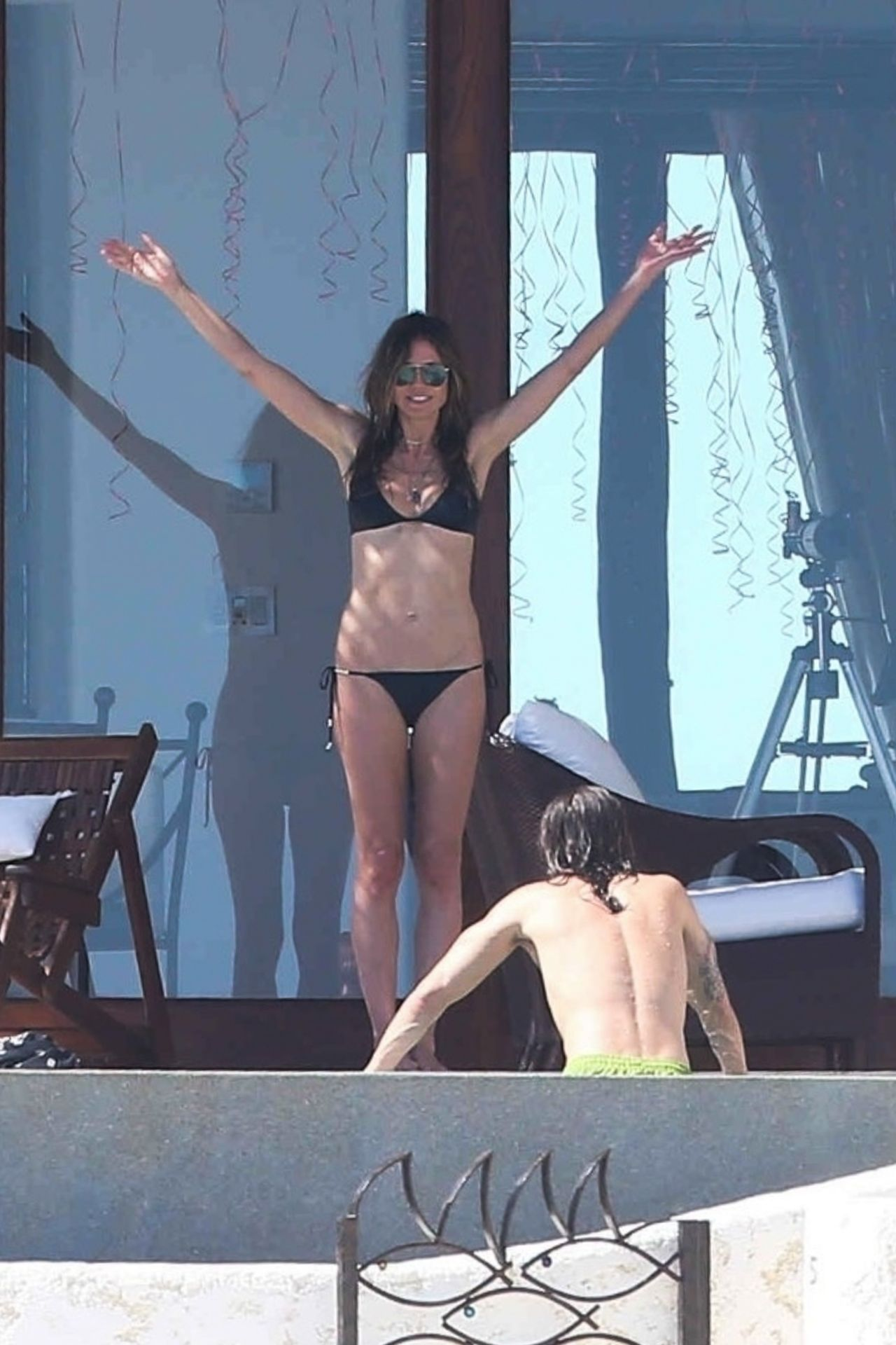 Naked on vacation home video 2 gorgeous fashion models - 1 3