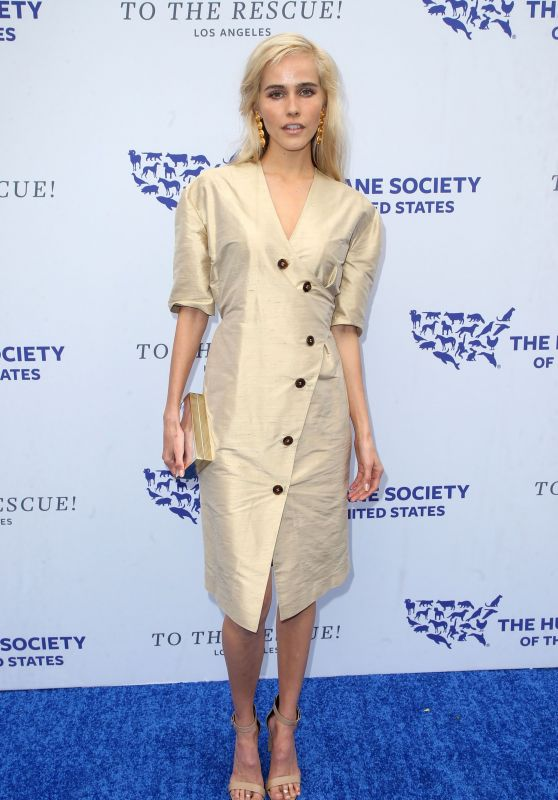 Isabel Lucas – Humane Society Of The United States' To The Rescue Gala in LA
