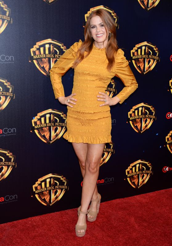 "Isla Fisher - ""The Big Picture"" at CinemaCon 2018 in Las Vegas"