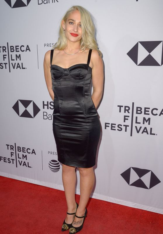 "Jemima Kirke – ""Untogether"" World Premiere at Tribeca Film Festival 2018"