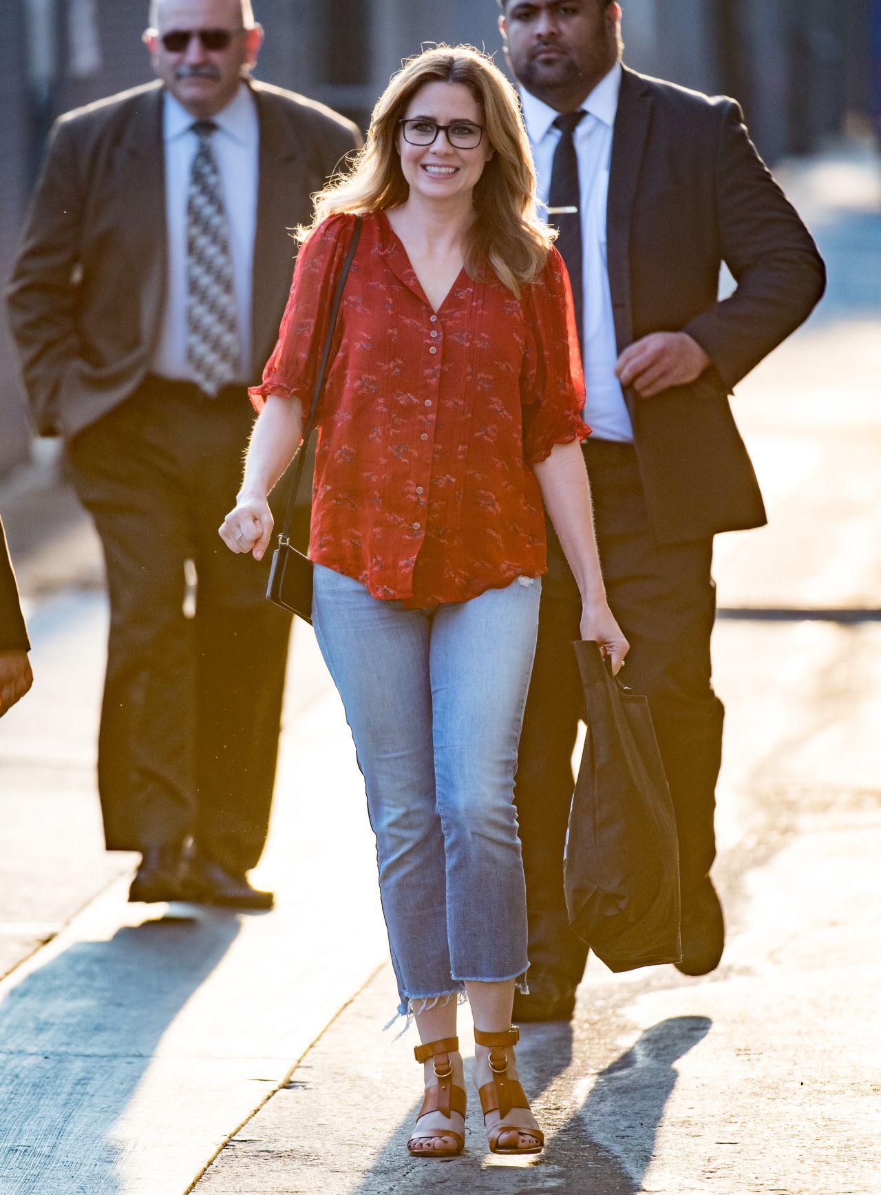 5d4fed3948f81 Jenna Fischer Arrive to Appear on Jimmy Kimmel Live! in LA 04/02/2018