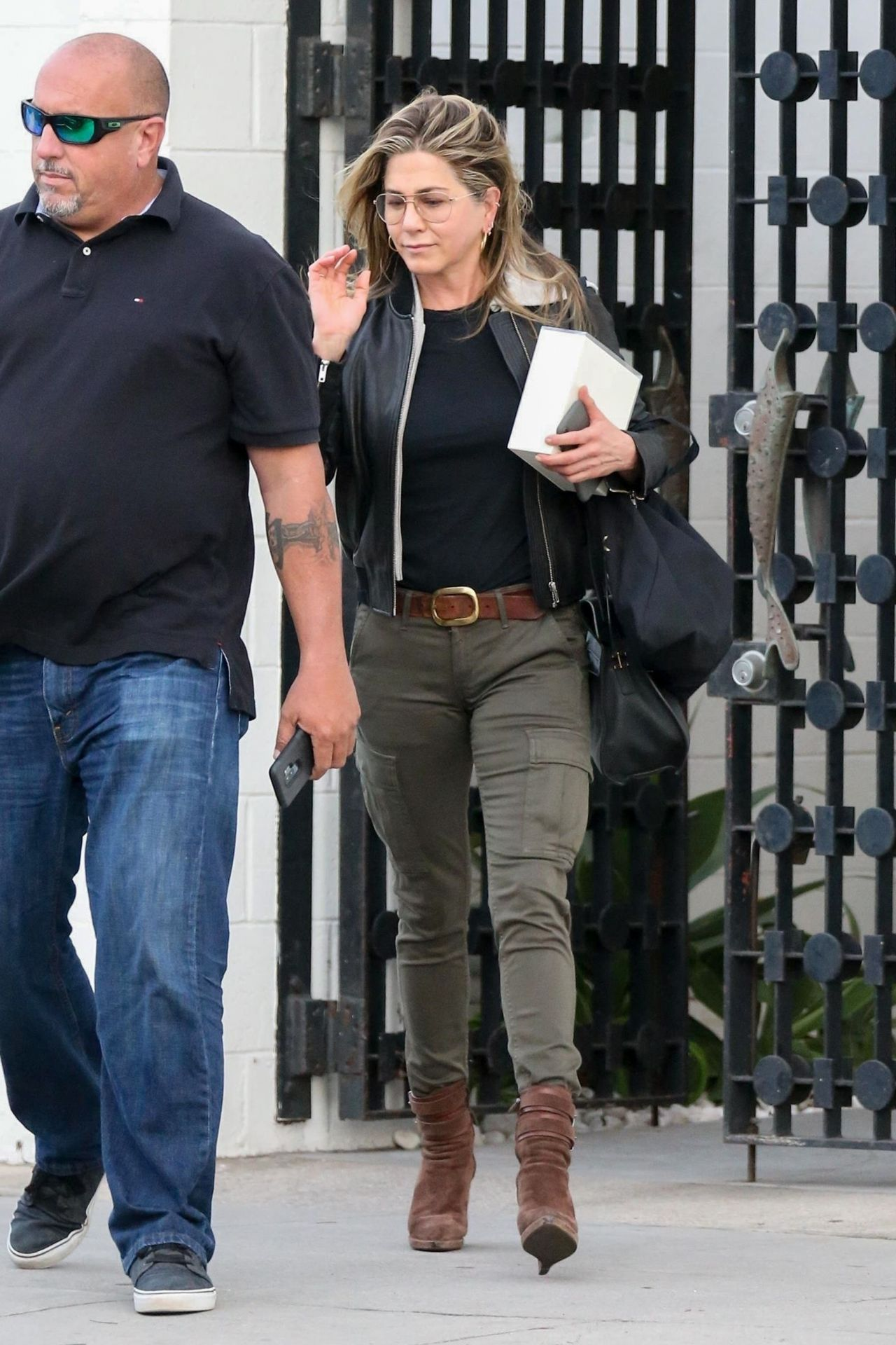 Jennifer Aniston Out In Beverly Hills 04 05 2018
