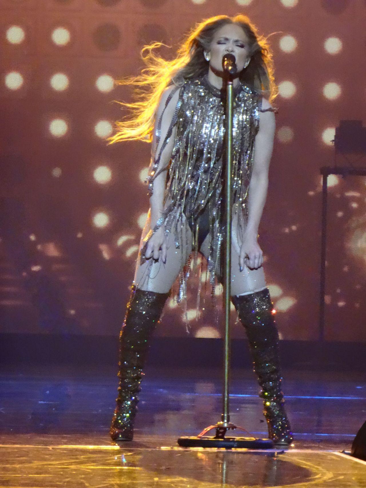 Jennifer Lopez Show In Sin City Las Vegas 04 20 2018
