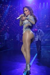 Jennifer Lopez - Show in Sin City, Las Vegas 04/20/2018