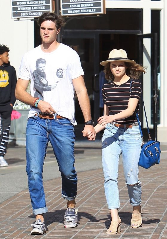 Joey King and Jacob Elordi - Shopping at The Grove in LA 04/11/2018