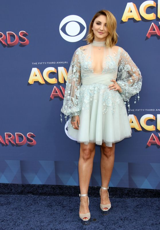 Julia Michaels – 2018 ACM Awards in Las Vegas