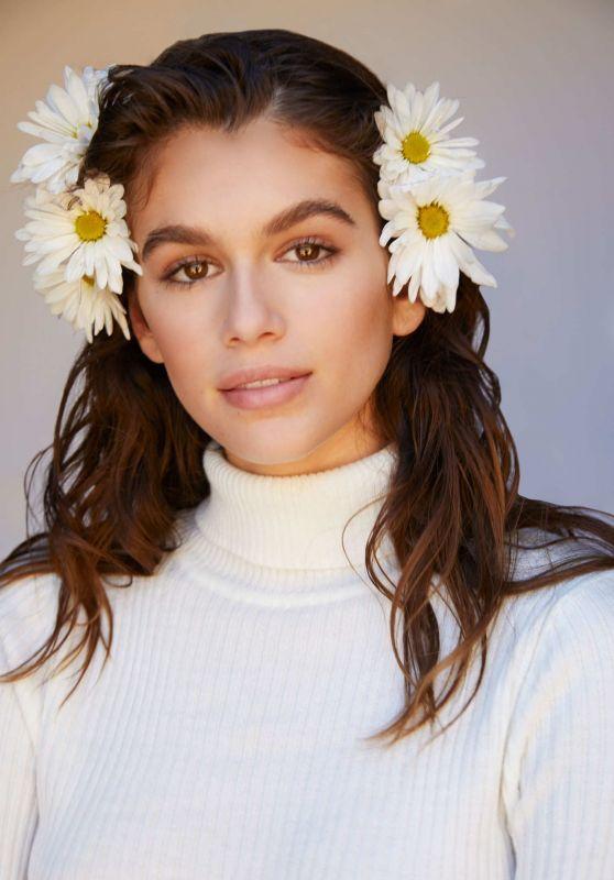 """Kaia Gerber - Marc Jacobs Fragrance """"Daisy Love"""" Spring 2018 Campaign"""