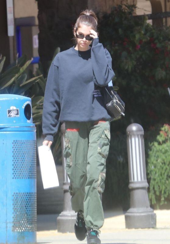 Kaia Gerber - Shopping in Malibu 04/19/2018