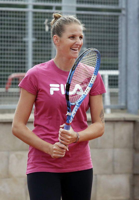 Karolina Pliskova - Trains on the J&T Banka Prague Open Tennis Tournament 04/10/2018