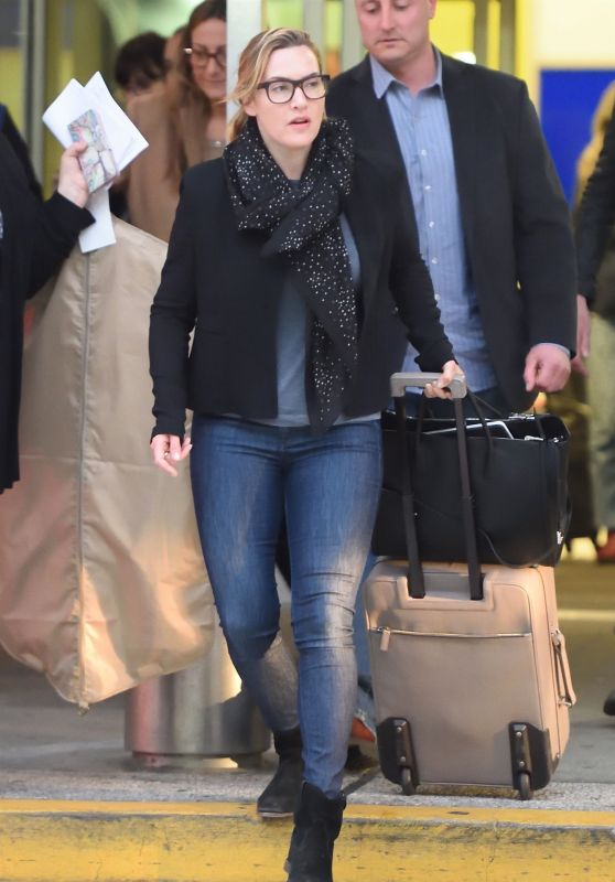 Kate Winslet - Arriving on a Flight at JFK Airport in New York 04/25/2018