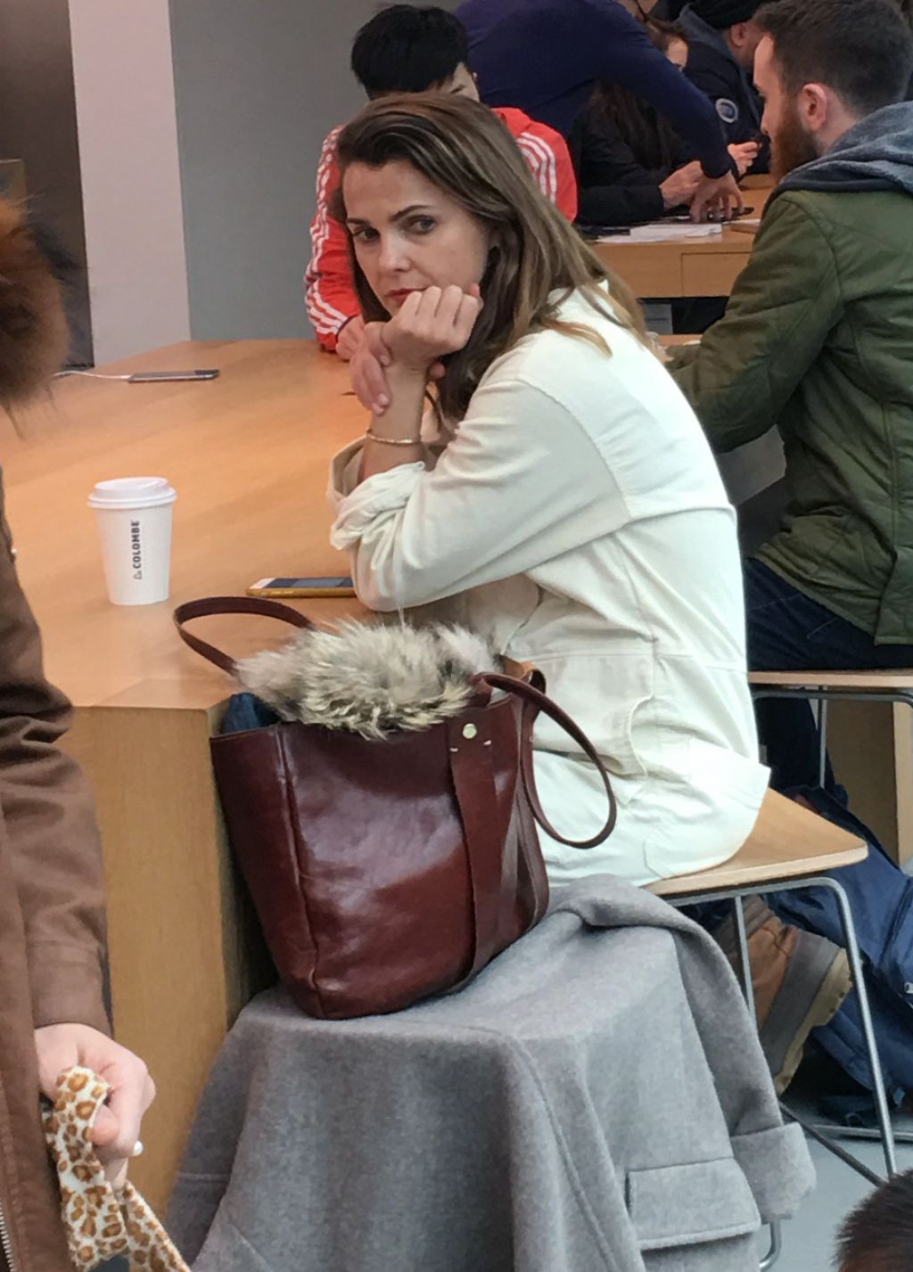 Keri Russell At The Apple Store In Manhattan S Soho
