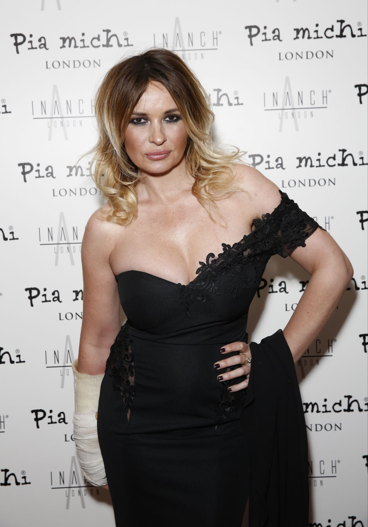Kierston Wareing Nude Photos 72