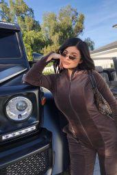 Kylie Jenner - Social Media Pics 04/13/2018