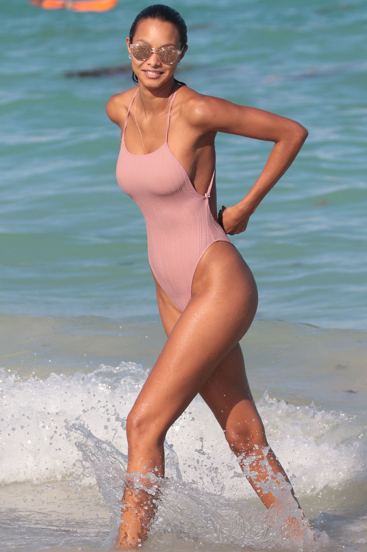 Lais Ribeiro in Swinsuit – Miami Beach 04/03/2018