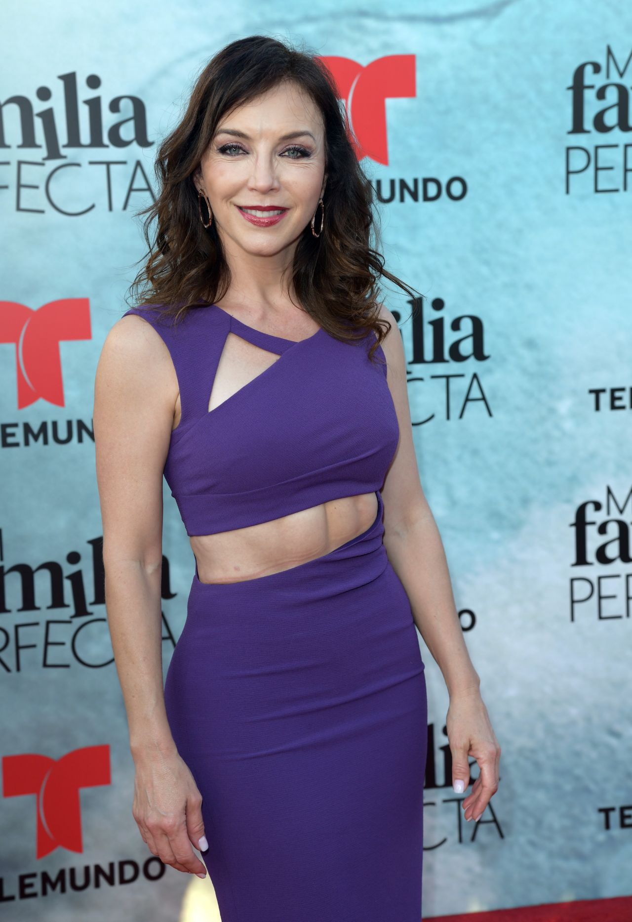 http://celebmafia.com/wp-content/uploads/2018/04/laura-flores-my-perfect-family-tv-show-screening-in-miami-1.jpg