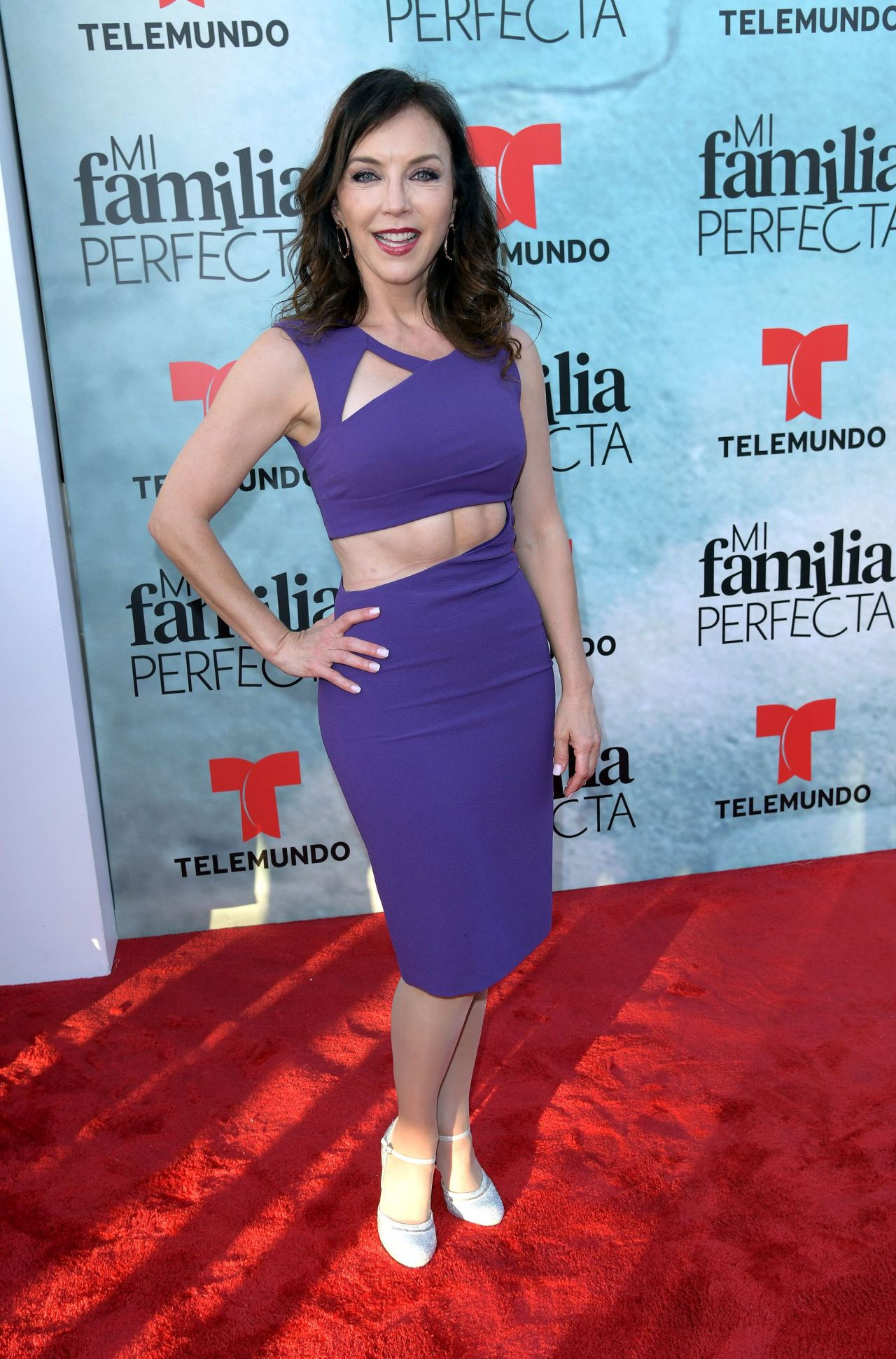 http://celebmafia.com/wp-content/uploads/2018/04/laura-flores-my-perfect-family-tv-show-screening-in-miami-2.jpg