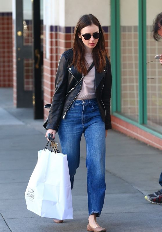 Lily Collins - Shops at Williams Sonoma in Beverly Hills