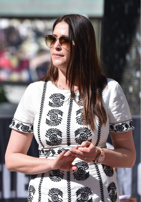 """Lisa Snowdon - Filming for """"This Morning"""" Show in London 04/19/2018"""