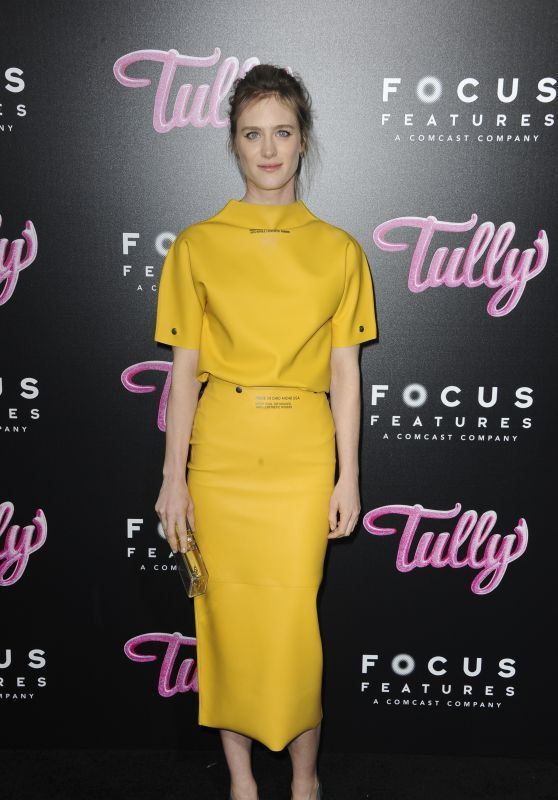 "Mackenzie Davis – ""Tully"" Premiere in Los Angeles"