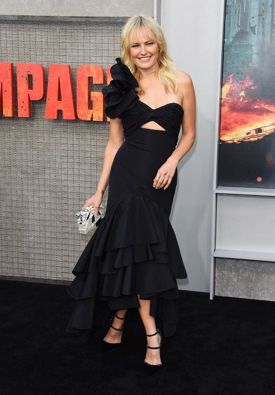 """Malin Akerman – """"Rampage"""" Premiere in LA"""