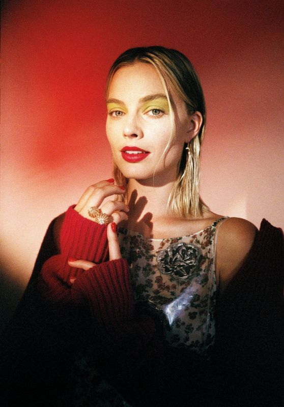 Margot Robbie - Photoshoot for Wonderland Magazine Autumn 2017
