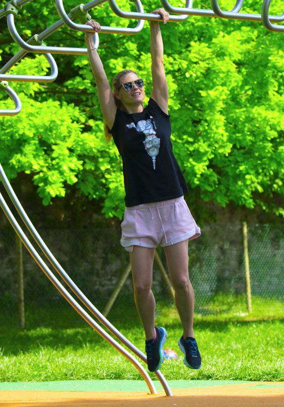 Michelle Hunziker at the Park in Bergamo 04/28/2018