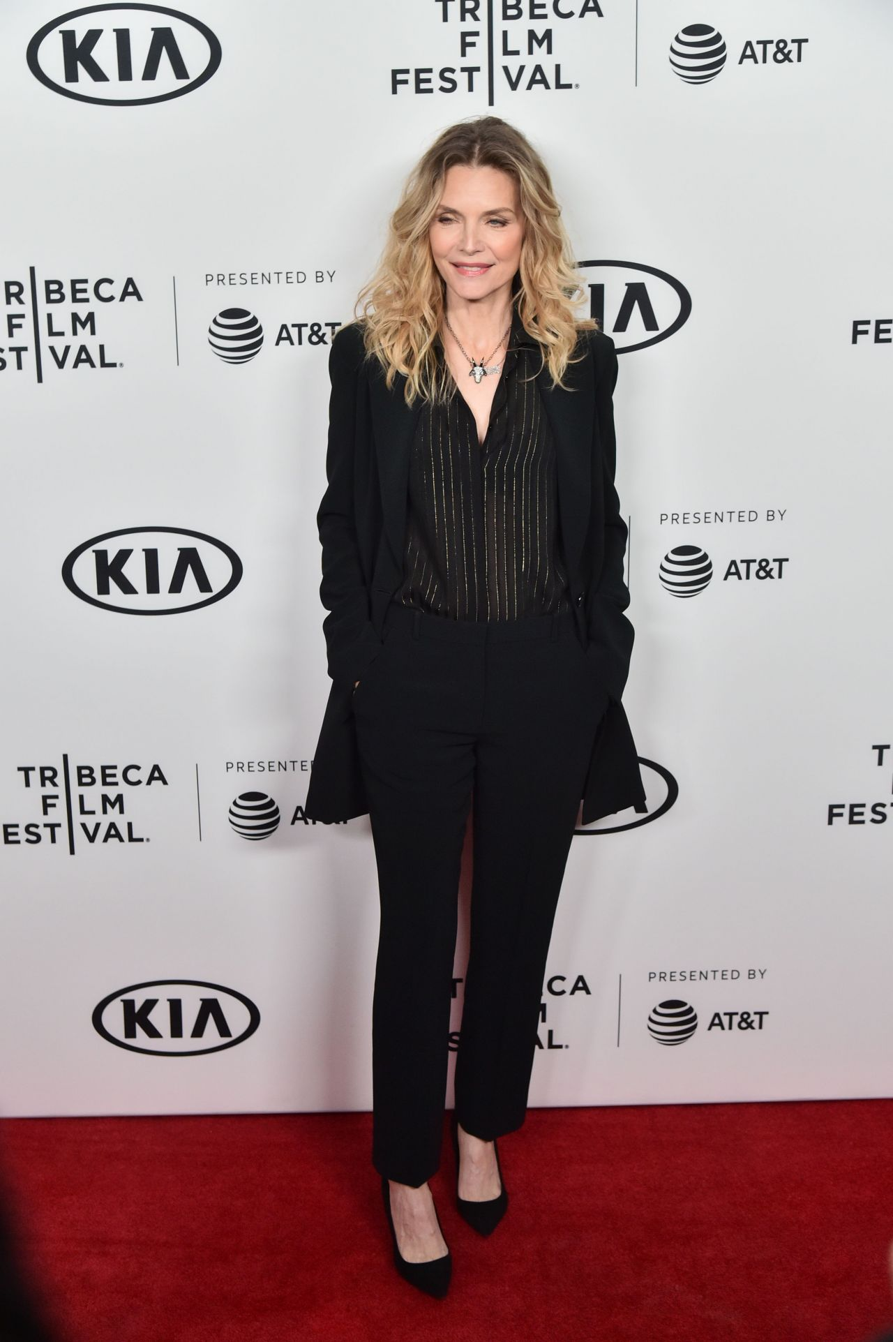 https://celebmafia.com/wp-content/uploads/2018/04/michelle-pfeiffer-scarface-35th-reunion-red-carpet-at-tribeca-film-festival-in-ny-6.jpg