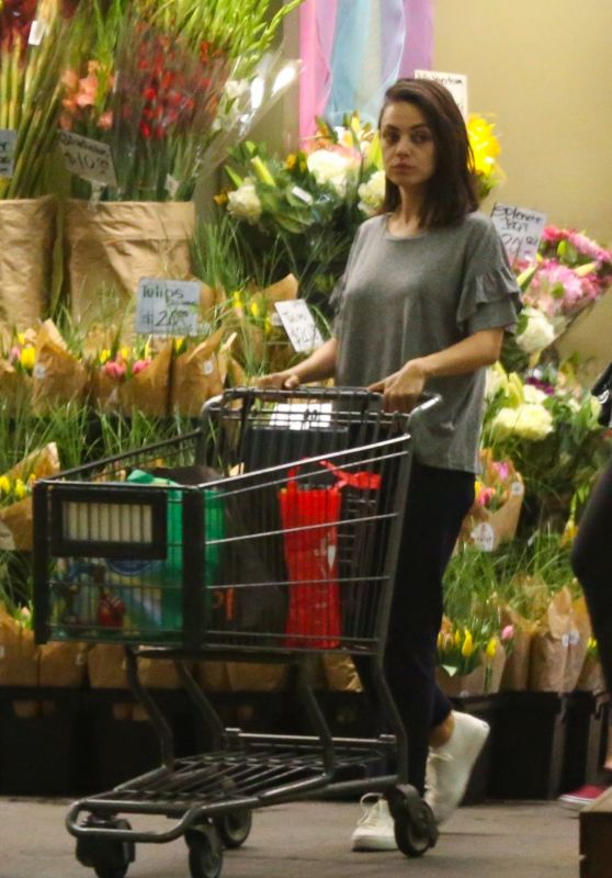 Mila Kunis - Grocery Shopping at Whole Foods in Beverly Hills 03/30/2018